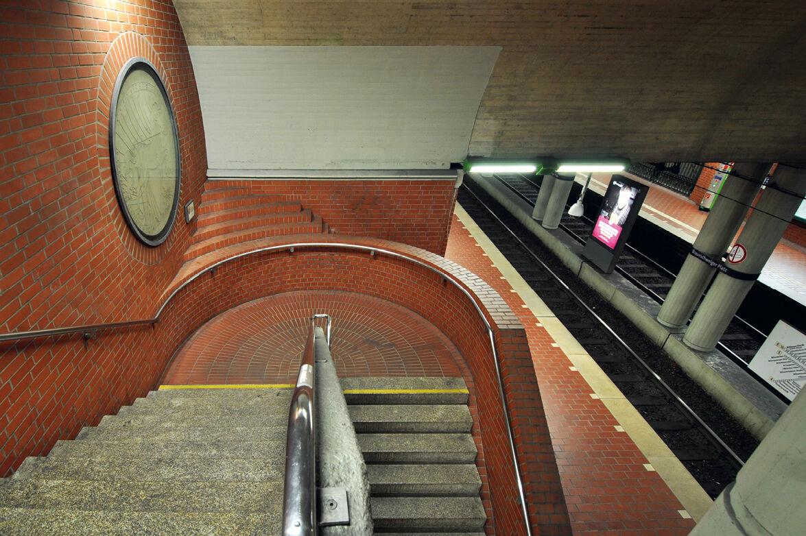 """Featured image for """"U-Bahn-Stationen in Hannover: Begehbare Baukunst"""""""